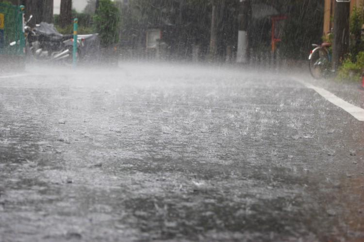 「土砂降り」の画像検索結果