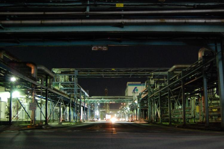 夜の工場・製造業04 | フリー素材ドットコム