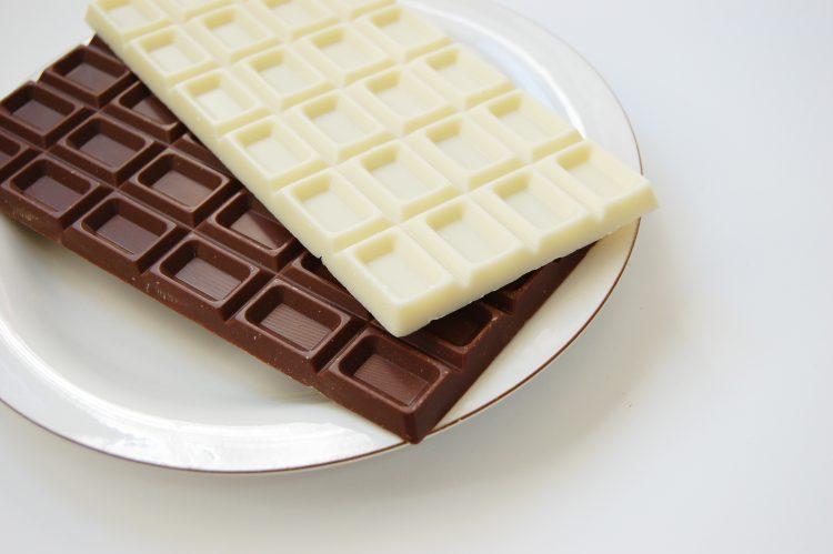 板チョコレート(ダブル)03   フリー素材ドットコム