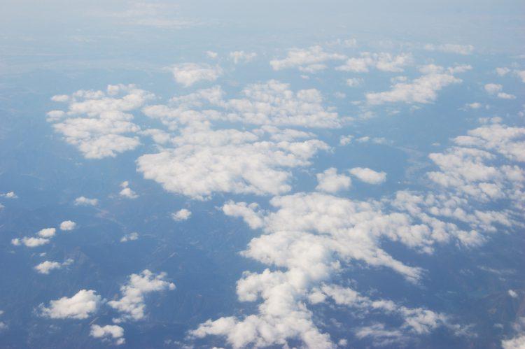 上空から見える雲・空撮02 | フリー素材ドットコム